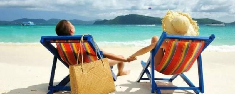 夏天旅游需要带些什么