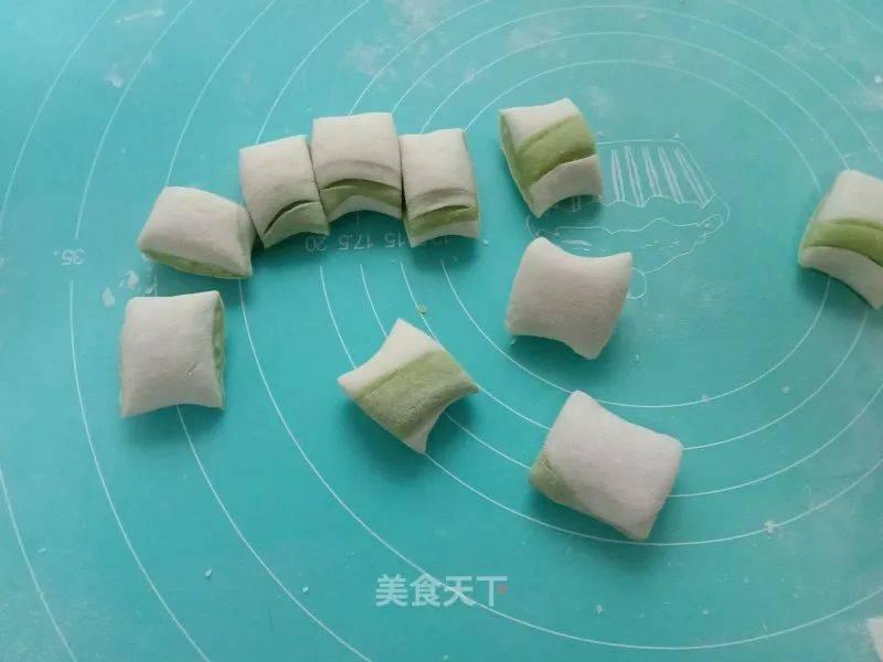 菠菜汁胡萝卜包子怎么做好吃