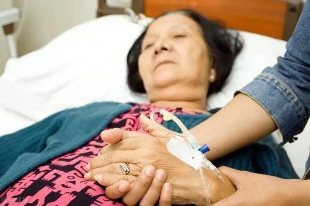 世卫组织呼吁停止食用,或比味精还伤骨骼,转告家人