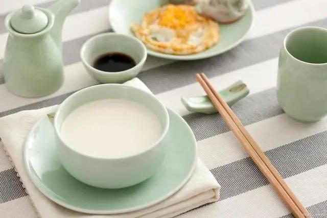 每天早上吃一个水煮鸡蛋,有什么好处?坚持一个月,有什么变化?