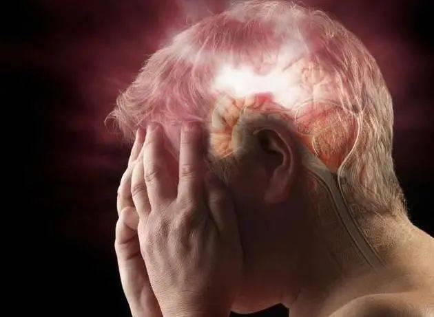 什么是脑梗呢,脑梗有什么前兆?